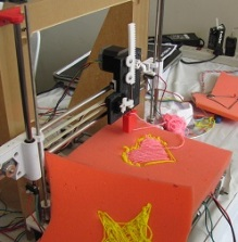 Prototype of 3-D Fabric Printer by Team Squeeshy